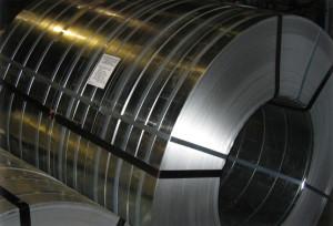 Особенности упаковки стальной ленты для ее перевозки