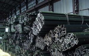 Фото Г-образного профиля стального уголка, metalorus.ru