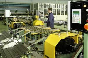 На фото - контроль производства труб, elemash-stp.ru