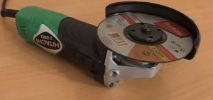 На фото - конструкция Hitachi G13SR3, grindingcar.ru