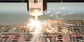 Лазерная резка и гравировка – «тонкая» работа на огромных мощностях