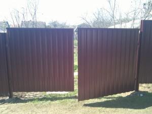 Как сделать распашные ворота из профлиста – чертежи, особенности конструкции