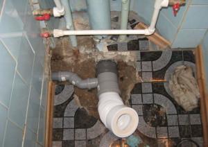 Фото локального ремонта канализационной системы, 2314570.ru