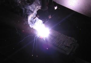 Использование электродной ленты для выполнения наплавки под флюсом