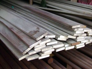 На фото - производство стальной горячекатаной полосы, ump-m.com
