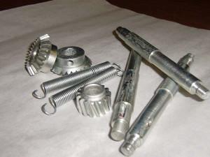 На фото - хромовое покрытие стальных изделий, prompribor.ru