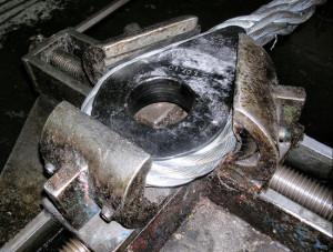 Фото изготовления стропов из стального каната, leotec-gzp.ru