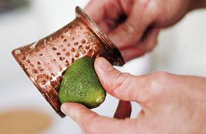 Народные средства, чтобы почистить латунь