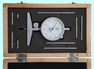 На фото - индикаторный глубиномер для измерения прутка, inpo.ru