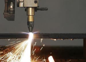 Фото машинной газовой резки металла, metall174.ru