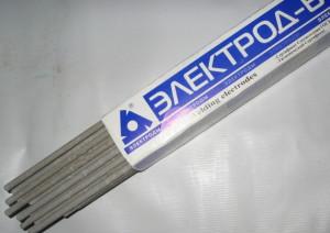 На фото - четырехмиллиметровые электроды для инвертора Ресанта САИ 160, etdom.su