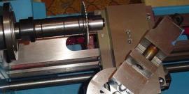 Приспособления для токарного станка – как сделать агрегат более функциональным?