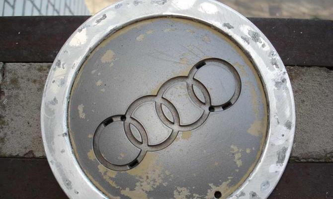 Питтинги на алюминиевой поверхности