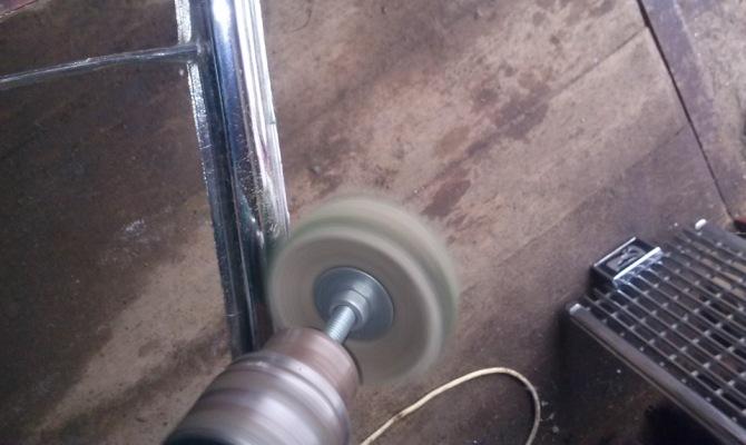 Механическое полирование материала
