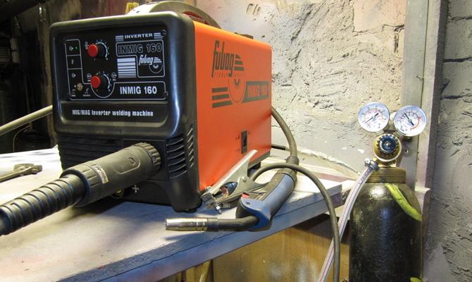 Инверторное оборудование с газовым баллоном