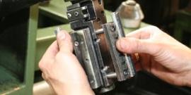 Инструмент для хонингования в виде оправки – изучаем свойства брусков