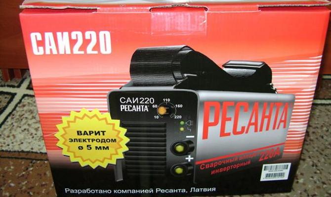 инвертор Ресанта САИ-220