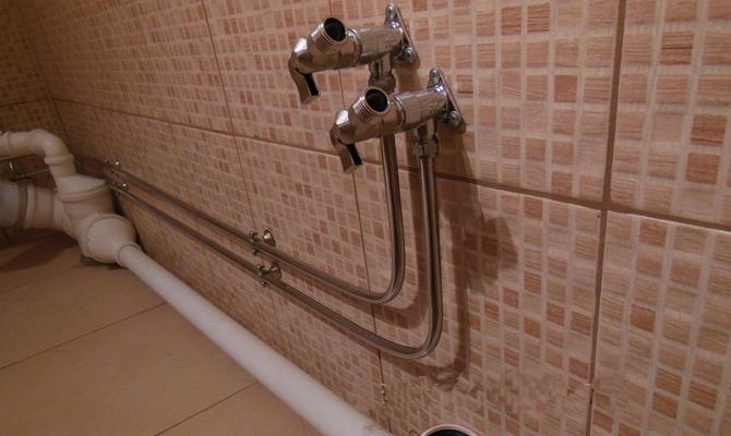 Гнутые трубы для подачи воды
