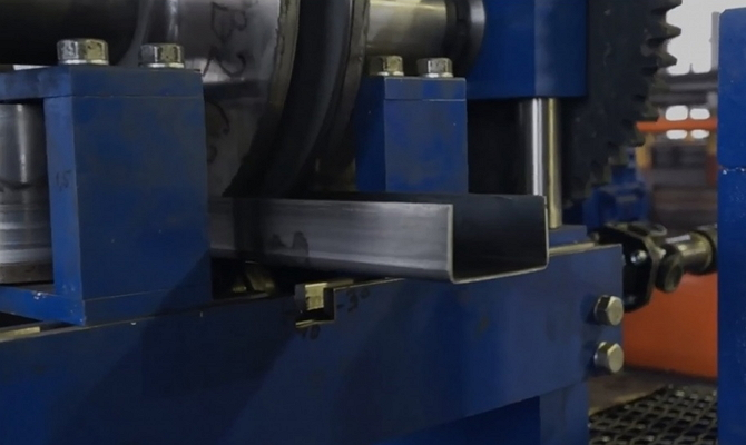 По каким стандартам, и из какого материала производят изделия?