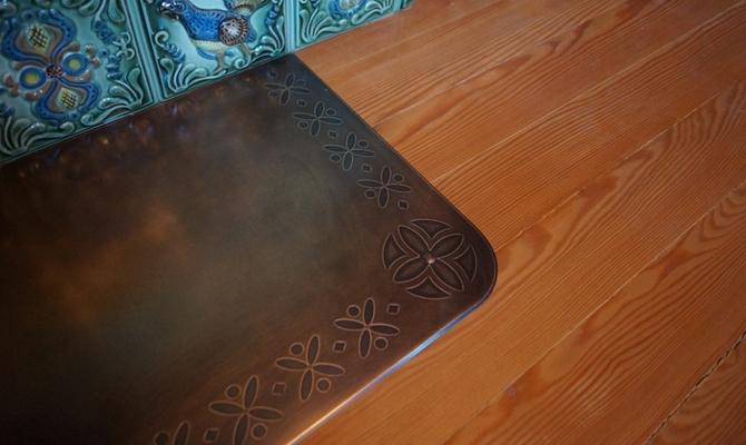 Притопочный лист – декоративный и функциональный материал