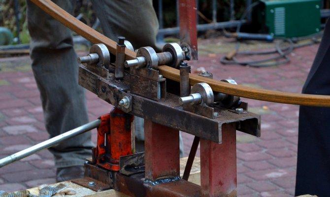 Ручные механизмы с роликами – более сложные приспособления
