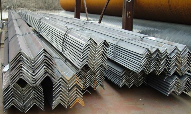 Для чего применяется металлический прокат в строительстве и производстве?