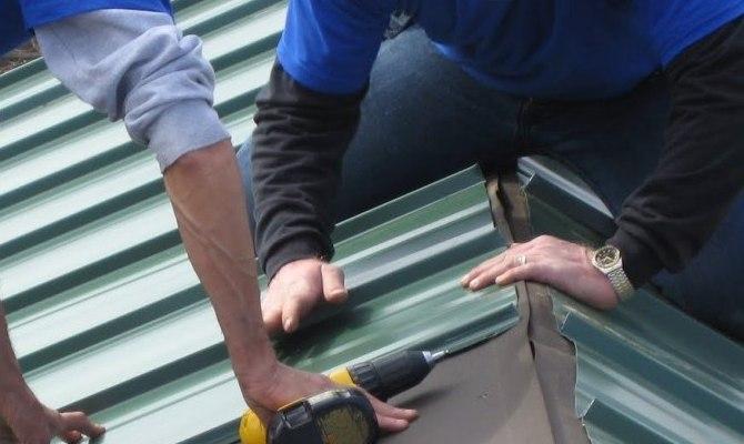 Как крыть крышу профлистом своими руками?