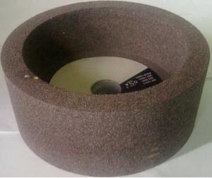 На фото - шлифовальный чашечный цилиндрический круг, sawwood.ru