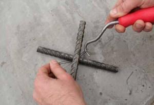 Что нужно, чтобы выполнить вязание арматуры для фундамента