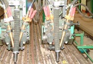 Фото пневматического механизма с флюсоустройством, wtec.com.cn