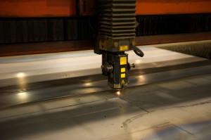 Лазерная резка стали – любой металл поддается лазерному лучу фото