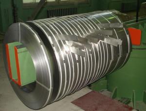 Особенности упаковки стальной ленты для ее перевозки фото