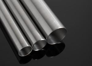 На фото - электросварные стальные трубы диаметром до 33 мм, chilexpo.com
