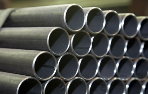 На фото - стальные электросварные трубы диаметром до 108 мм,  specural.com