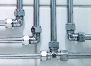 Фото соединения водопроводных труб из стали фитингами, o-trubah.ru