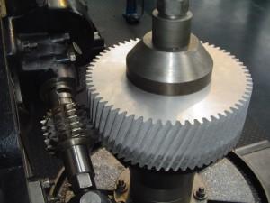 На фото - шевингование зубчатых колес, missioncleopatre.com