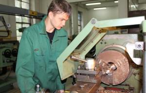 Фото управления токарным станком, guspoliteh.ru