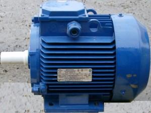 На фото - двигатель асинхронного типа, ventilator.kiev.ua