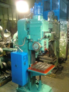 Фото конструкции вертикально-сверлильного станка 2Н125, metalstanok.com.ua