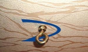 На фото - применение анкерного болта с кольцом, klin.com.ua