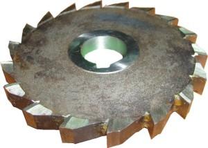 Фото фрезы дисковой трехсторонней с предельными отклонениями, frezy-i-plastiny.uralkomplect.ru