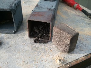 На фото - контейнер для твердой цементации металла, knife.com.ua