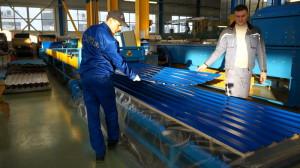 Фото изготовления профлистов из оцинкованного стального проката, youtube.com