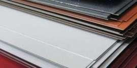 Оцинкованный лист с полимерным покрытием – долговечный строительный материал