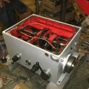 На фото - коробка скоростей токарного станка 16К20, prostanki.com