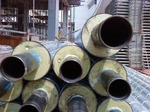 На фото - оцинкованные трубы для строительства тепловых сетей, o-trubah.ru