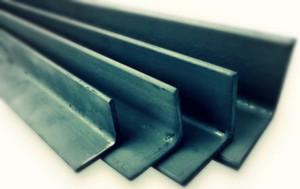 Фото гнутого равнополочного уголка, metallobaza.by