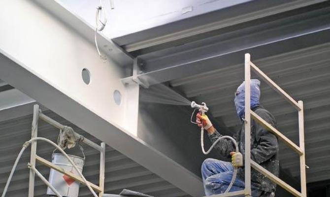 Нанесение ЛКМ с металлической пылью