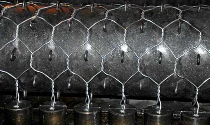 Выпуск сетчатых конструкций габионов