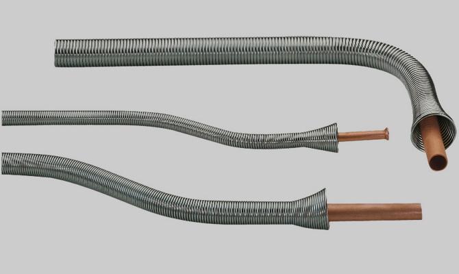 Применение пружинного трубогиба
